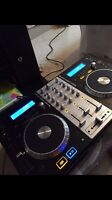 Numark Mixdeck express 3 channels DJ Controler with cd $500