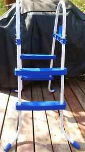 NEVER BEEN USED 30 INCH CHILDREN'S POOL LADDER