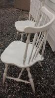 chaise antique en bois