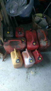 USED GAS GERRY CANS $45 Kingston Kingston Area image 1