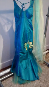 Robe chic (bal, mariage, réception...)