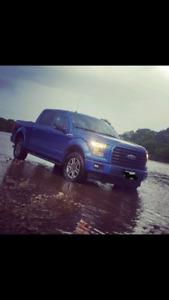 ** 2017 Ford F-150  5.0L V8  Fx4   35,000Kms ** $42,000 O.B.O.