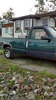 1998 chevy half ton 5 speed 1400 $ or best offer