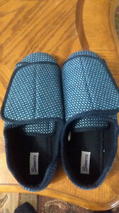 Men's home care slippers