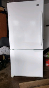 Maytag refrigerator in excellent condition