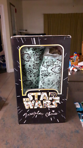 Brand new ... Never worn.. Star wars women shoes