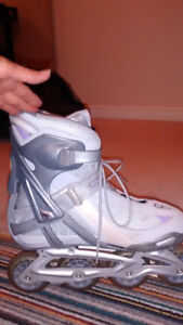 REEBOK WOMENS ROLLERBLADES FOR SALE