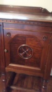 Antique Sideboard/Buffet West Island Greater Montréal image 1
