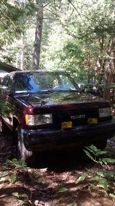 1992 Isuzu Trooper SUV, Crossover