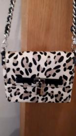 fffc5c4ca18 Karen millen | Women's Bags & Handbags for Sale - Gumtree