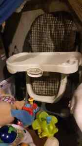 Tons of excellent condition baby stuff  London Ontario image 6