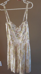 Summer dress size 4 (H&M)