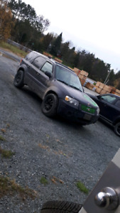 Need 05-07 ford escape FOR PARTS