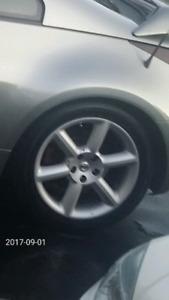 """nissan 350z 18"""" mags avec pneus"""