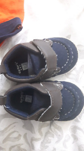 0-3 month carter baby shoes