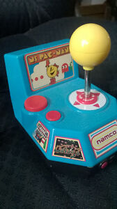 NAMCO Ms Pacman 5 in 1 Plug and Play game.