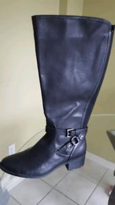 Ladies Liz Clairborne Boots