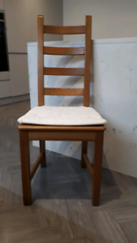 Wooden chairs x 5