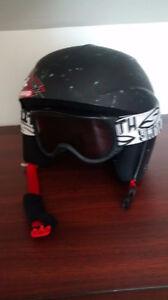 Casque sport d'hiver avec lunette, environ pour 4 à 6 ans.