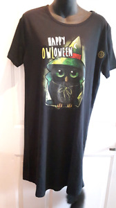 Halloween glow-in-the-dark  night/long shirt! Size small