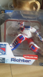 2002 Mike Richter collectable