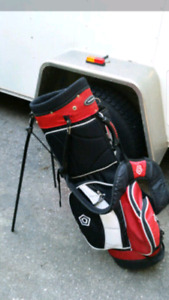 GOLF BAG W STAND BACKPACK STRAPS $75