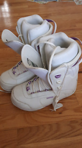 Womens snowboard boots sz8