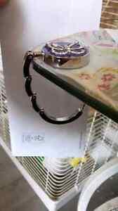 Foldable purse table hook Cornwall Ontario image 3