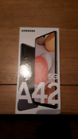 Mobile phone Samsung A42