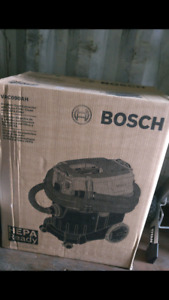 Bosch 9-Gallon Wet/Dry Dust Extractor Vacuum with Automatic Filt
