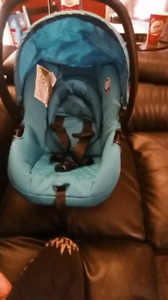 Cosco infant car seat with base