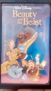 COLLECTIBLE BEAUTY AND THE BEAST VIDEO CASSETTE