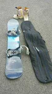 Planche à neige Burton avec sac de transport et bottes