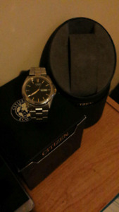 Mens Citizen Silver and gold watch