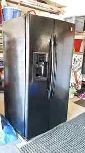"""36"""" Black G.E. Side by Side Refrigerator w/ water and ice disp."""