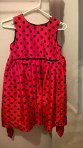 Fancy Dress  Girls   size 10/12  Red with black dots