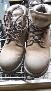 Steel Toed Work Boots Green Triangle - like new