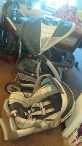 GRACO STROLLER & CARSEAT DUO Peterborough Peterborough Area image 1