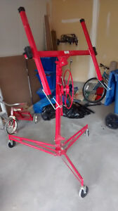 DRYWALL AND PANEL LIFT (HOIST) - GREAT CONDITION