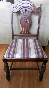 DINING/BEDROOM CHAIR