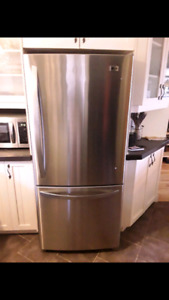 Frigidaire LG impecable