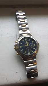 selling older citizen quartz wr50 wristwatch