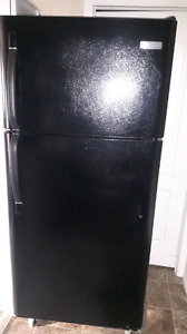 Frigidaire black frige excellent condition