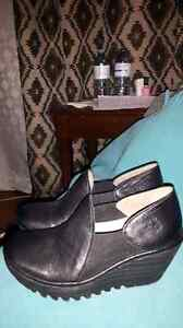 Size 36 which is around size 6 womans beautiful leather comfy sh Kingston Kingston Area image 7