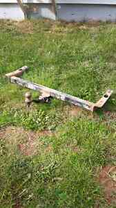 Trailer hitch for a Ford Windstar 2002