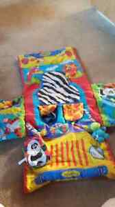 Infantino cart cover with toys