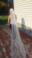Beautiful new bridal wedding veil $40
