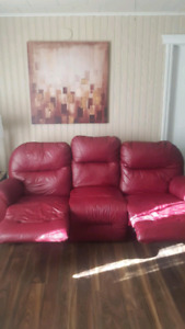 Red leather recliner coutch