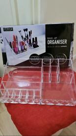 Storage Solutions make-up organiser