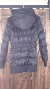 Manteau d'hiver noir pour femme Mango